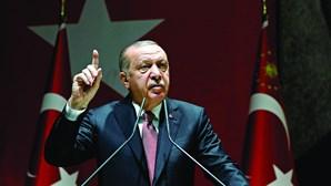 Erdogan ridiculariza versões sauditas da morte de Khashoggi