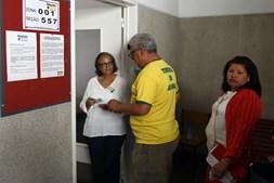 Brasileiros votam para as presidenciais de 2018 na Faculdade de Direito de Lisboa
