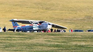 Criança e dois adultos morrem após queda de avião na Alemanha