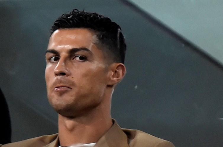377a5bba1 Marca italiana de lingerie apoia Ronaldo em
