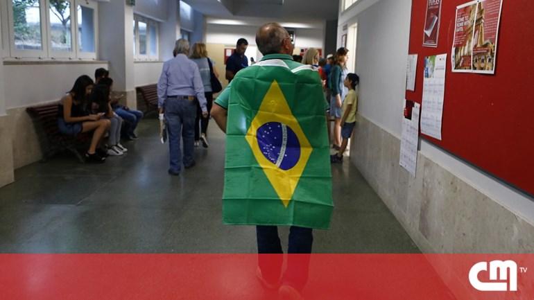 """Foto da matéria """"Eleitores de Bolsonaro causam desacatos em Lisboa"""""""