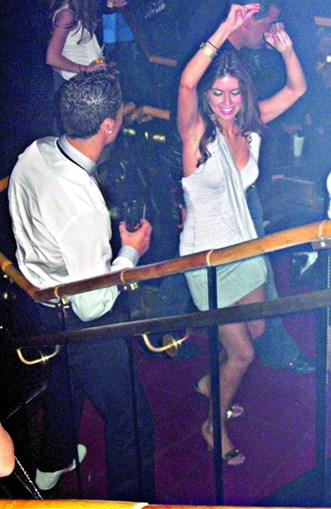 CR7 e Mayorga na discoteca, antes da irem para o hotel Palms Place