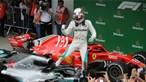 Lewis Hamilton vence no Brasil e dá título de construtores à Mercedes