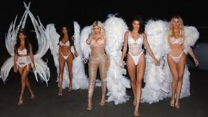 """Irmãs Kardashian na pele de """"anjos"""""""