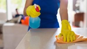 Empregadas de limpeza portuguesas na Suíça sem trabalho nem apoios