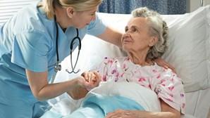 Associação pede urgência na definição do plano estratégico dos cuidados paliativos