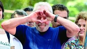 Deputados brasileiros divergem quanto à redução da pena de Lula da Silva