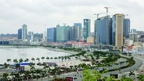 Luanda precisa de mais 1.800 autocarros para conseguir responder à mobilidade urbana