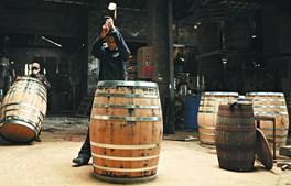 Museu da Tanoaria dá a conhecer a forma como são construídos os típicos barris de vinho
