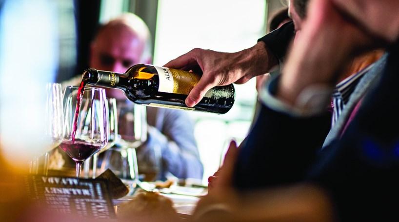 Resultado de imagem para Bairrada atingiu a marca de sete milhões de garrafas de espumantes em 2018