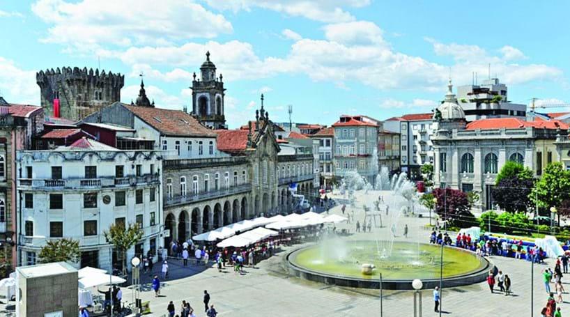 Braga e Santiago de Compostela unidas para promover região ... 4ac9cdcc853da