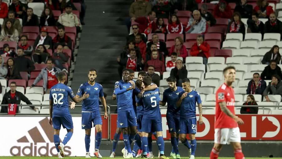 Jogadores do Moreirense festejam golo marcado ao Benfica