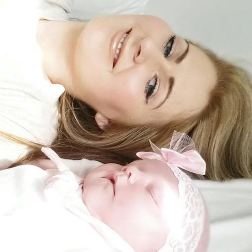 Claire e a filha