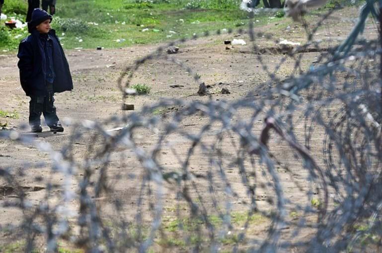 Centro de detenção de migrantes em Tompa, na Hungria