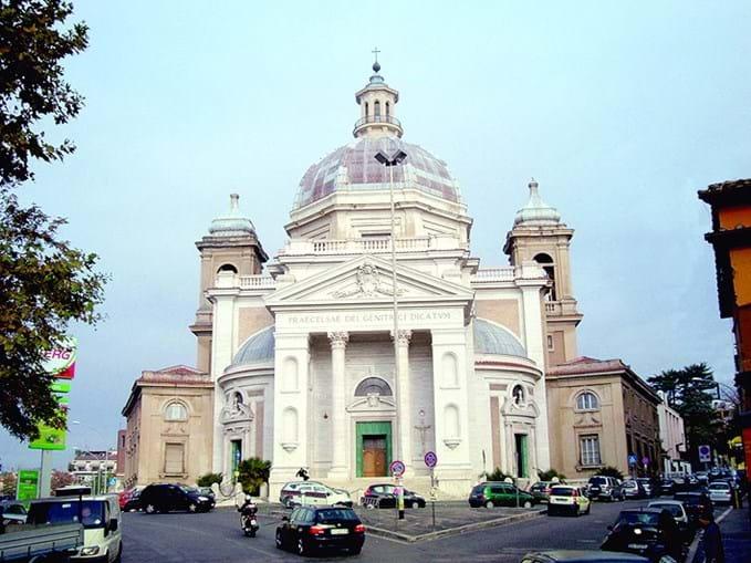 Igreja Gran Madre di Dio fica no centro da cidade de Turim. Poderá ser palco do casamento do craque