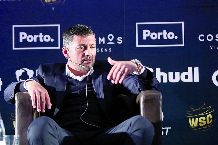 """Sérgio Conceição partilhou experiências e diz que a pressão diária """"é boa"""""""