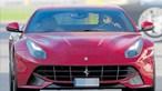 Gonçalo Guedes surpreende ao volante de Ferrari de 300 mil euros