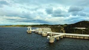 Barragens estão cheias e permitem verão sem seca