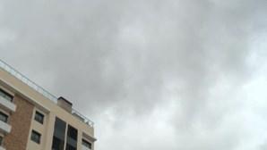 Depressão Jorge atravessa Portugal e semana termina mais cinzenta e com descida de temperaturas