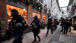 Atirador de Estrasburgo gritou saudação islâmica e França trata caso como terrorismo