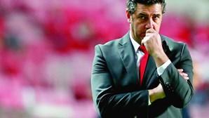 A ascensão e a queda de Rui Vitória. O percurso do treinador do 'tetra' no Benfica