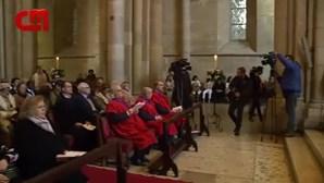 Dezenas de pessoas assistem à Missa de Natal na Igreja Sé de Lisboa