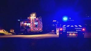 Casal de idosos ferido com gravidade em colisão entre dois carros no Algarve