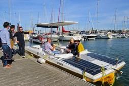 Barco solar faz passeios ecológicos no rio Arade, desde Portimão até Silves, tanto nos meses de verão como de inverno
