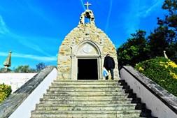 Capela de Nossa Senhora de Lurdes foi construída durante o ano 1926