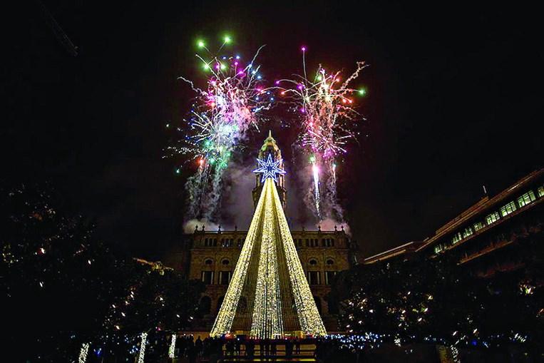 Cidade do Porto está mais iluminada, mas falha da empresa contratada impediu que todas as luzes previstas fossem acesas