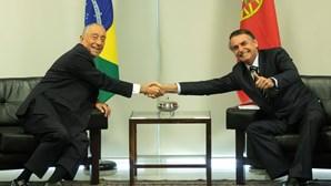 Marcelo encontra-se com Lula, Fernando Henrique e Temer e é recebido por Bolsonaro no Brasil