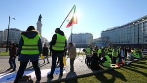 Protesto dos 'coletes amarelos' em Braga, Porto, Aveiro e Lisboa com pouca adesão