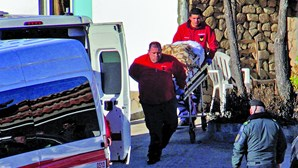 Lar ilegal tinha idosa amarrada a uma cama em Belmonte
