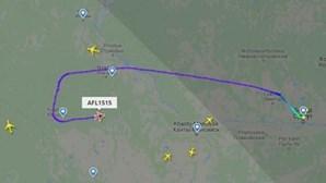 Passageiro embriagado tentou desviar avião que seguia para Moscovo