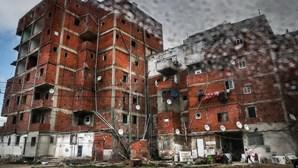 Moradores do bairro da Jamaica esperam há anos por realojamento