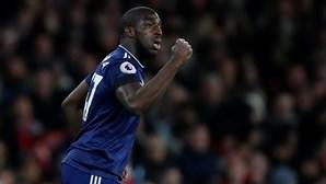 Fulham despede futebolista que agrediu funcionário do clube