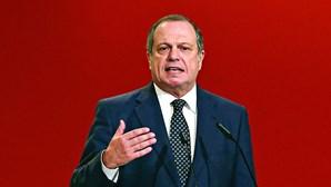 """Carlos César considera que resultado das presidenciais """"é uma boa notícia"""" para o PS"""