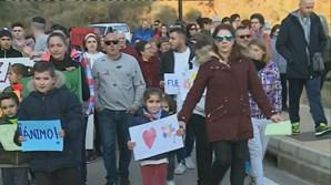 População faz vigília para dar força aos pais e família do pequeno Julen