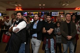 Elenco da telenovela 'Alguém Perdeu' visita a CMTV