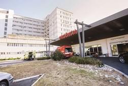 O hospital de Santarém tem apenas um elevador a funcionar para os pisos de internamento