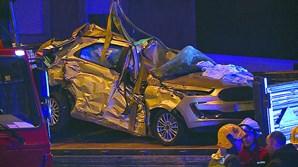Carro no qual seguia Susana Cardoso ficou completamente esmagado