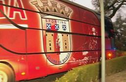 Autocarro do Braga a caminho da meia-final da Taça da Liga