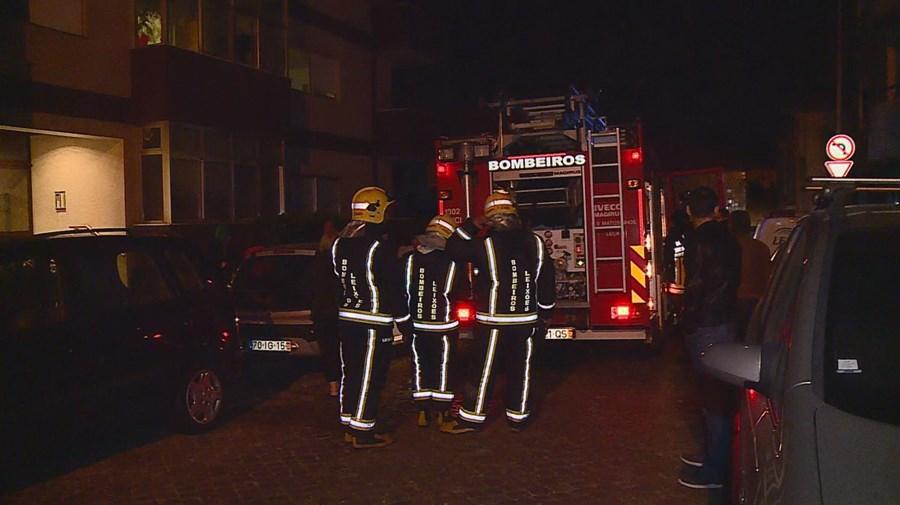 Mulher ateou fogo a apartamento em Leça da Palmeira