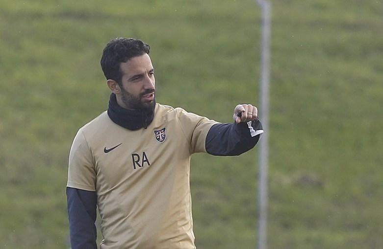 Rúben Amorim não pode ser inscrito como treinador durante um ano