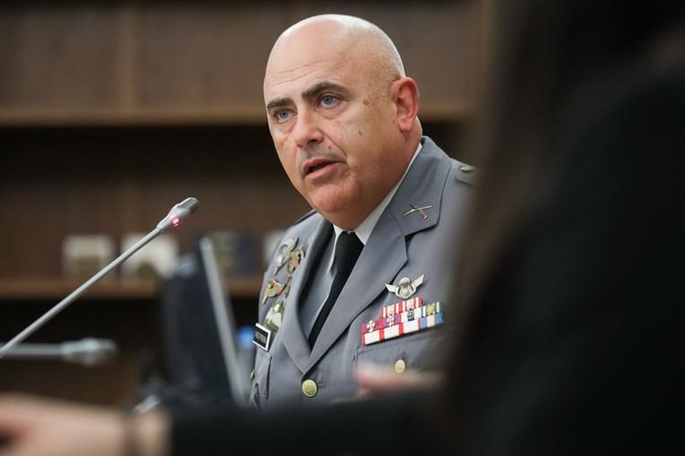Coronel de infantaria Alves Pereira