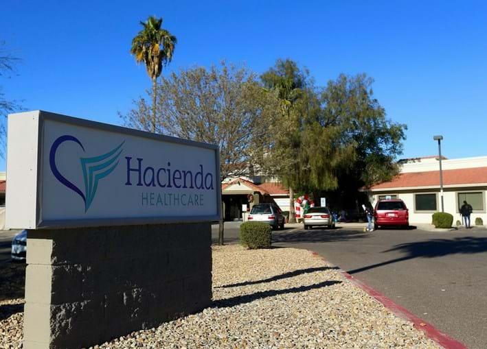 A clínca Hacienda, em Phoenix, onde mulher em estado vegetativo deu à luz