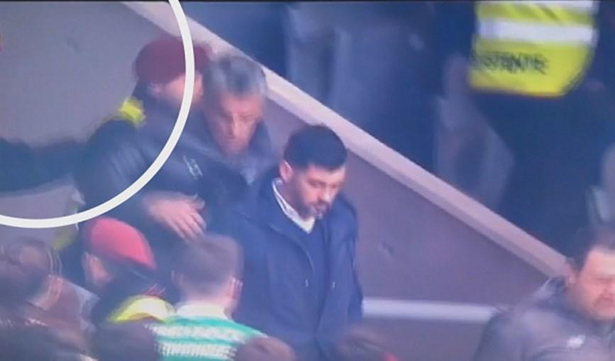 Diamantino Figueiredo, adjunto do FC Porto, ataca adepto na bancada