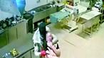 Mulher estrangulada em roubo a pastelaria
