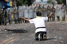 El Presidente Maduro sigue rechazando ayuda humanitaria a Venezuela y provocando espantosa crisis represiva