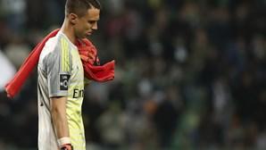 Depois de Vlachodimos, também Everton Cebolinha está infetado com Covid-19